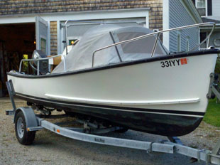 Eastern 18′ Classic center console,